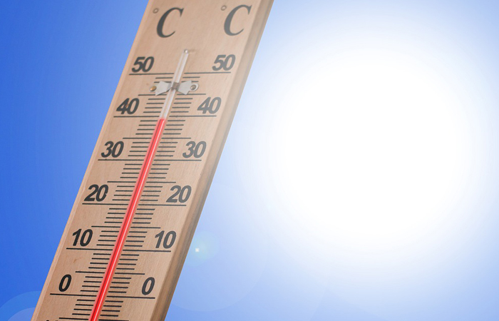Thermometer under the sun
