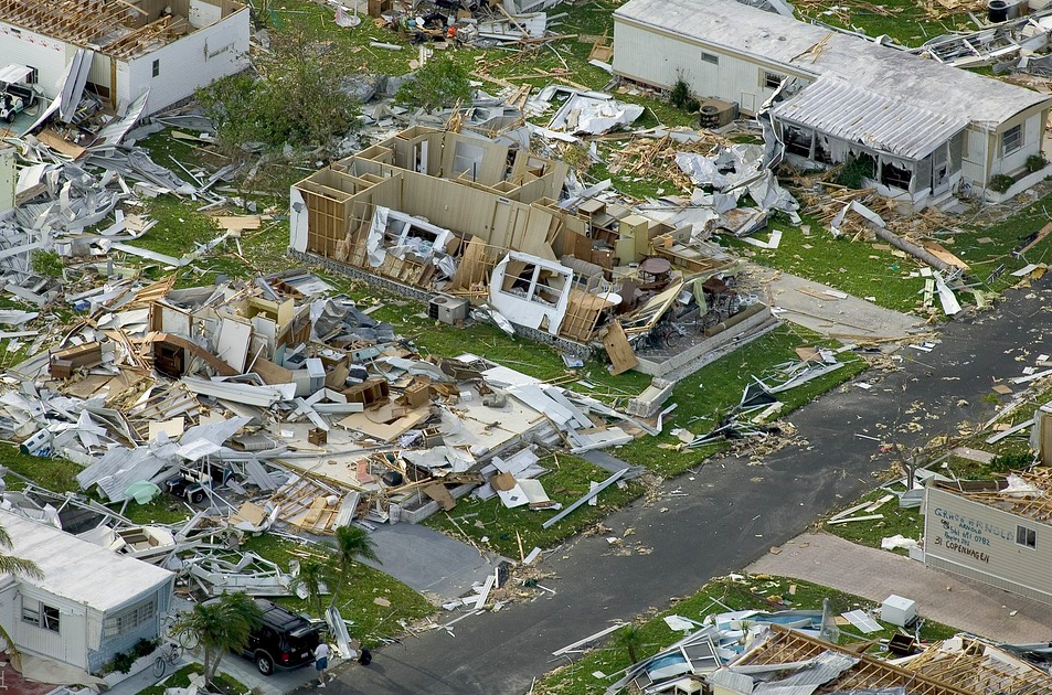 facts about hurricanes: hurricane devastation charley